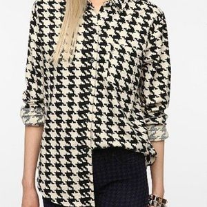 Urban Outfitters Houndstooth Flannel Button-up